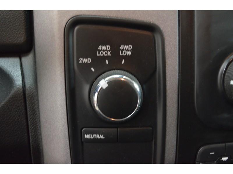 2014 Ram 1500 ST 4X4 CREW CAB- BACKUP CAM * CRUISE * A/C