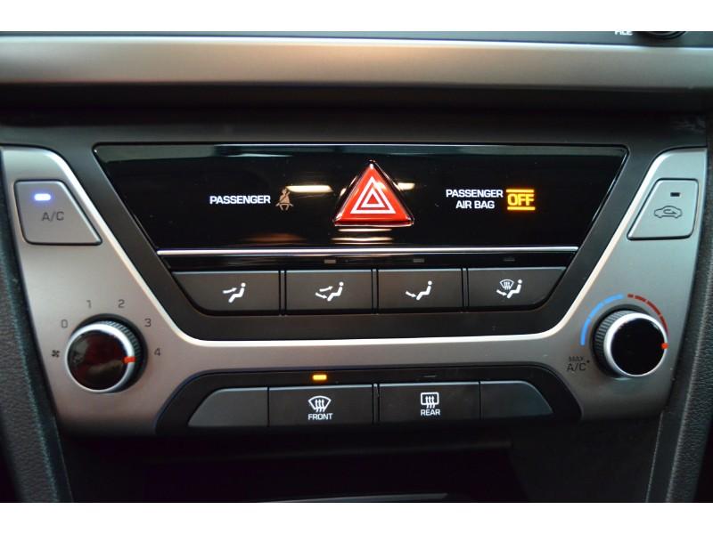 2017 Hyundai Elantra GL- BLUETOOTH * BACKUP CAM * HEATED SEATS