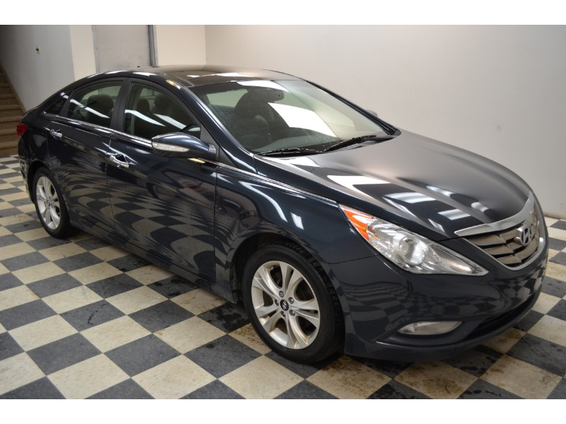 2012 Hyundai Sonata Limited- BLUETOOTH * NAV * LEATHER
