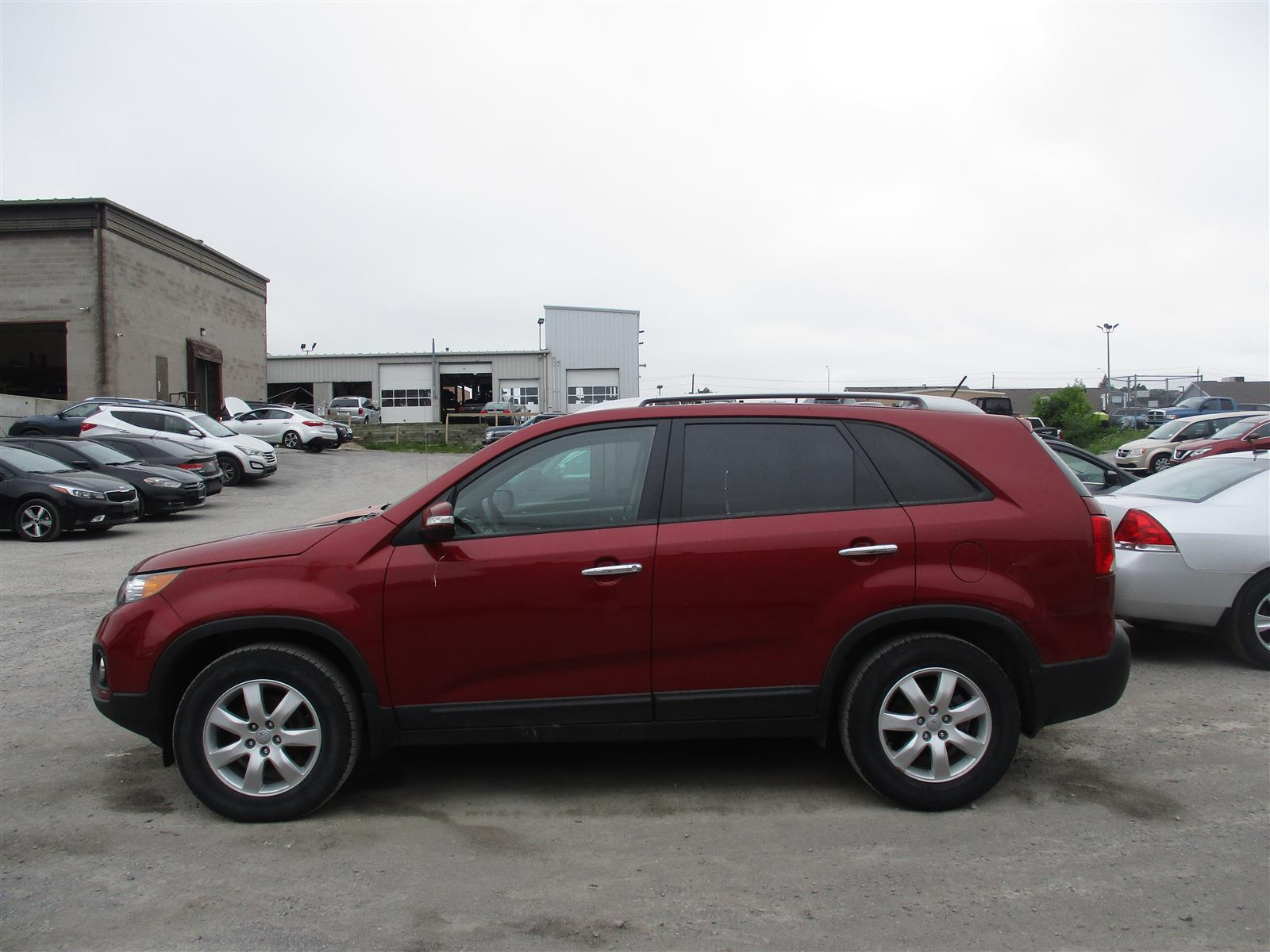 2013 Kia Sorento LX- BLUETOOTH * HEATED SEATS * SAT RADIO