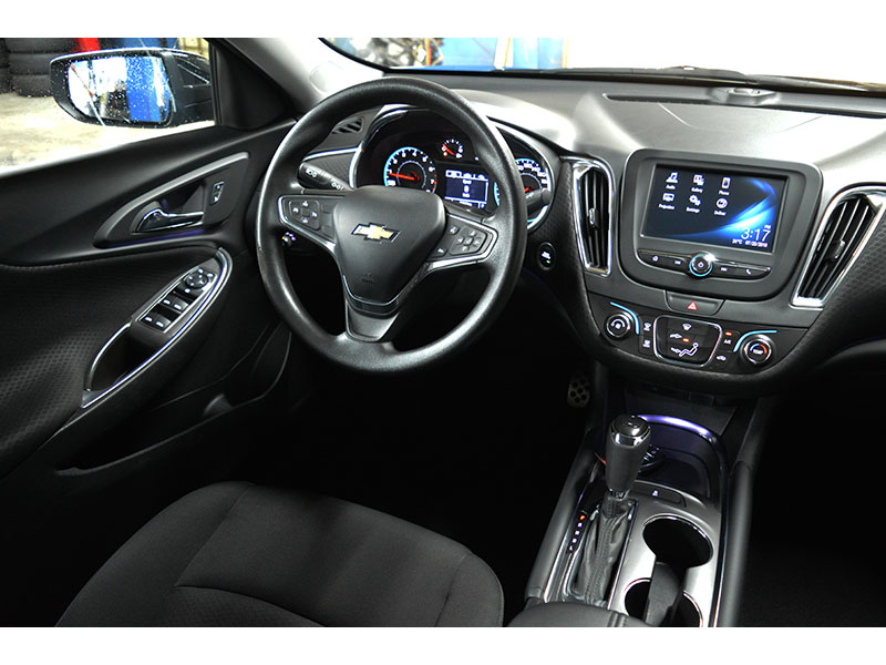 2017 Chevrolet Malibu LT - CRUISE * BACK UP CAMERA * BLUETOOTH