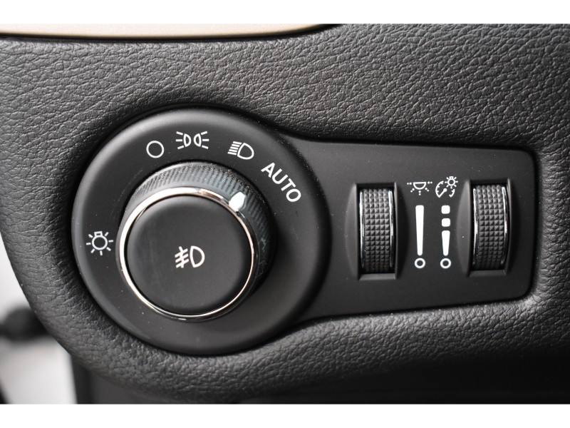 2017 Jeep Cherokee North- UCONNECT * BACKUP CAM * SAT RADIO