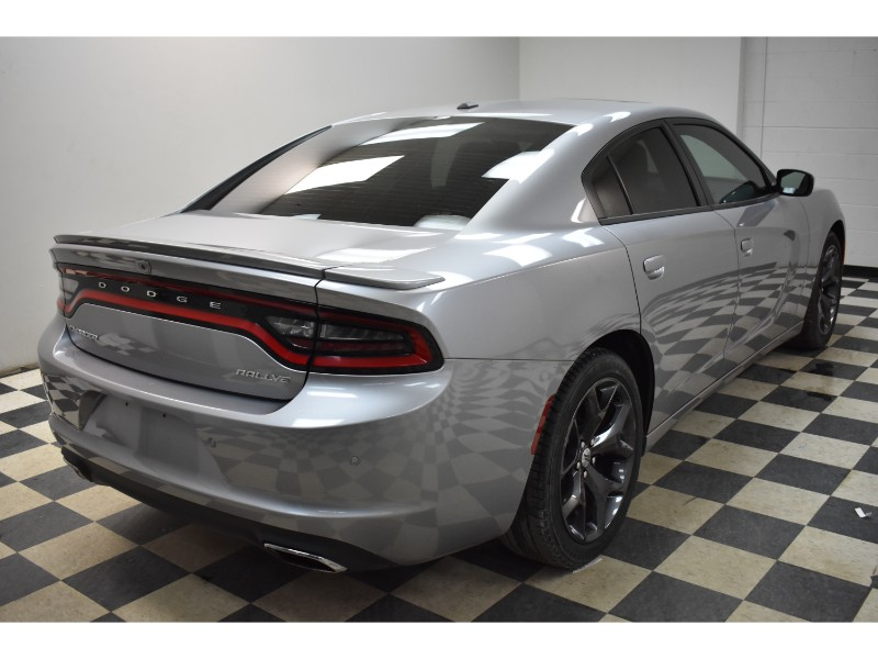 2017 Dodge Charger SXT RWD - NAV * HEATED SEATS * BACKUP CAM