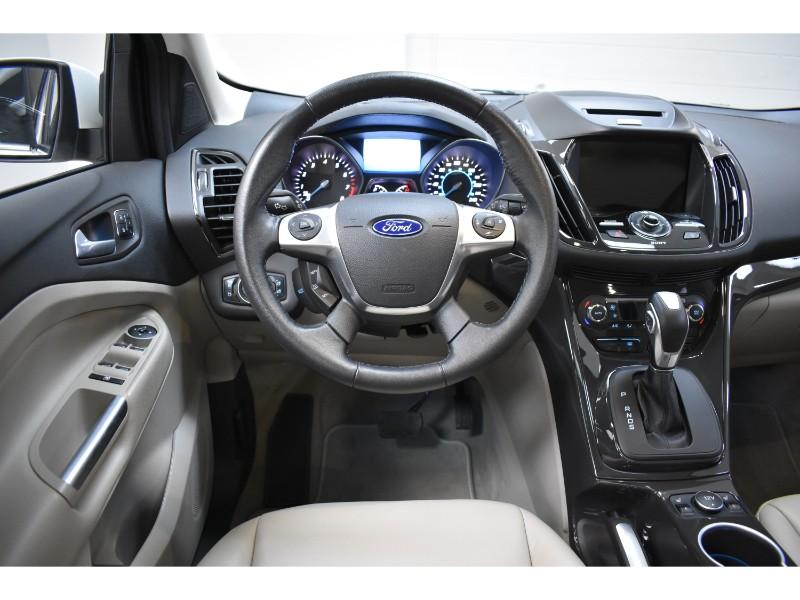 2016 Ford Escape Titanium- BLUETOOTH * NAV * BACKUP CAM