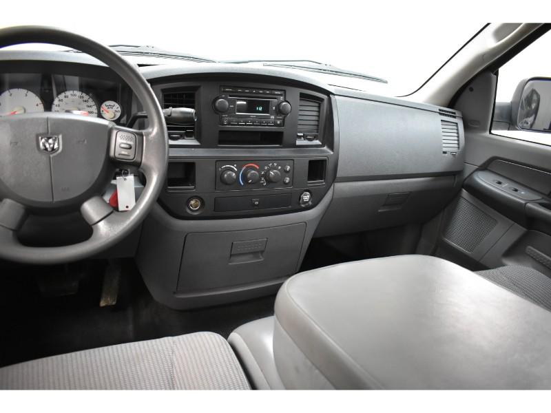 2007 Dodge Ram 3500 ST RWD DIESEL- CRUISE * A/C *