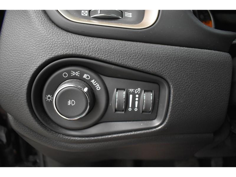 2017 Jeep Renegade Limited- NAV * BLUETOOTH * BACKUP CAM