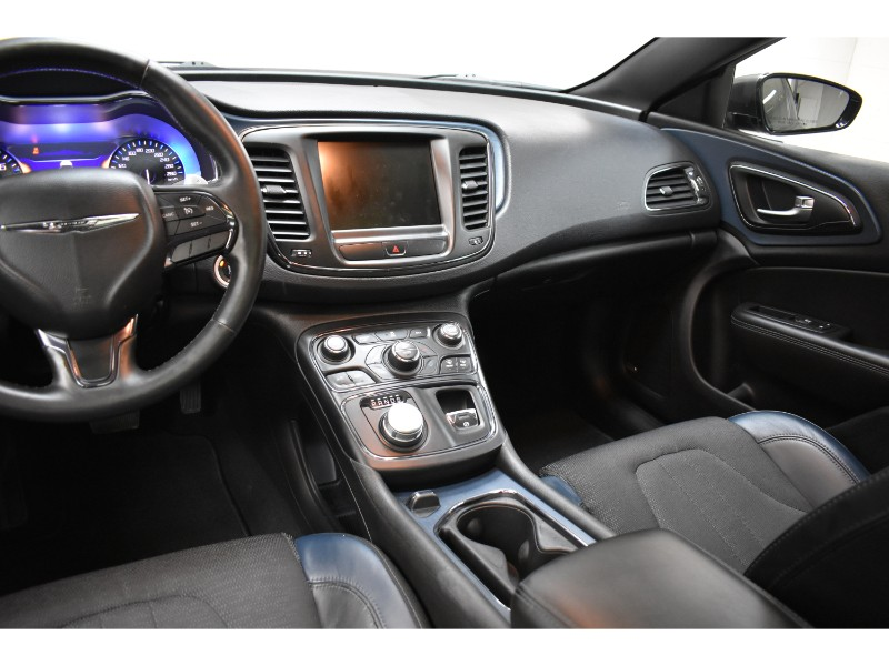 2015 Chrysler 200 S - BACK UP CAM * NAV * U-CONNECT