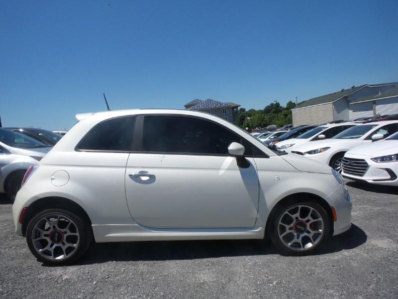 2012 Fiat 500 Sport- HANDSFREE DEVICE * LEATHER * SUNROOF
