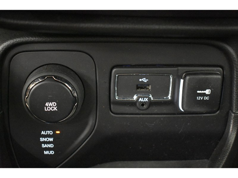 2017 Jeep Renegade Limited- UCONNECT * NAV * LEATHER