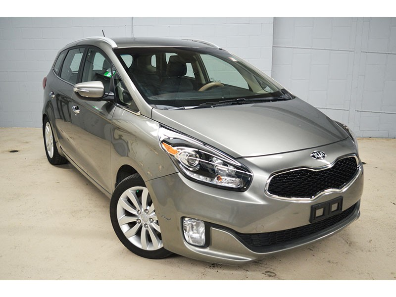 2014 Kia Rondo LX -BACKUP CAM * HEATED FRONT SEATS * ALLOY WHEELS