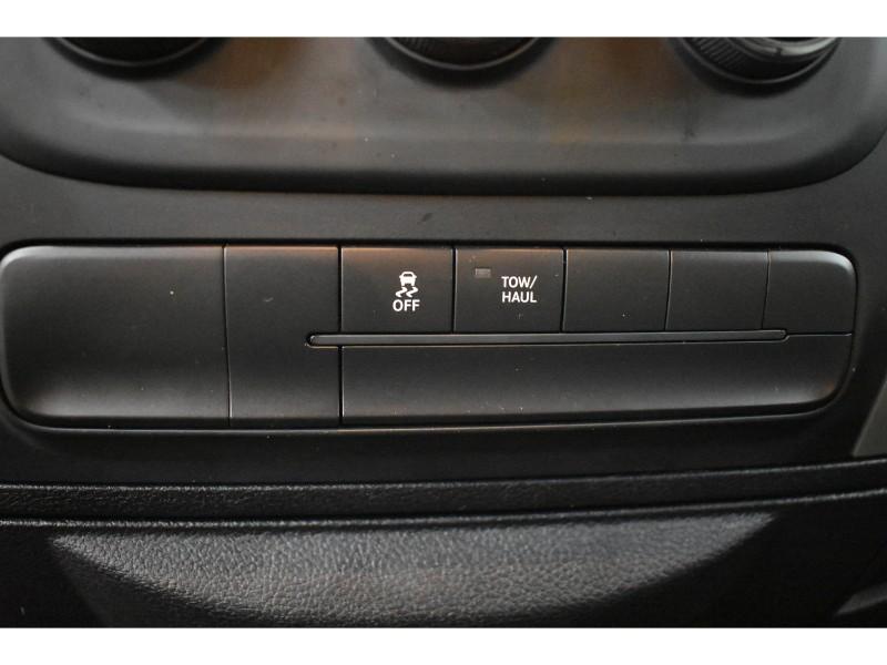 2017 Ram 1500 SLT- CRUISE * A/C * POWER LOCKS