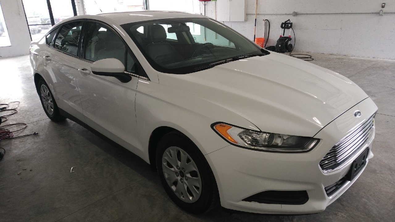 2014 Ford Fusion S- BLUETOOTH * CRUISE * A/C
