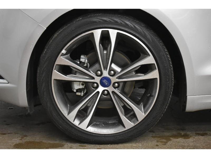 2017 Ford Fusion Titanium- BLUETOOTH * NAV * LEATHER