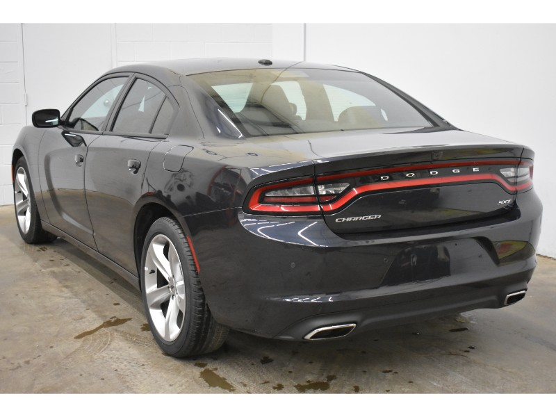 2017 Dodge Charger SXT- NAV * BACKUP CAM * HEATED SEATS
