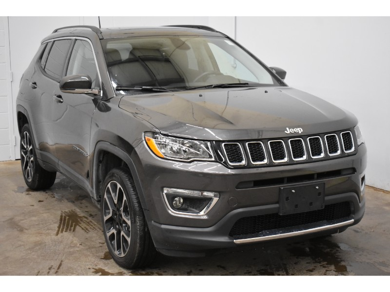 2017 Jeep Compass Limited- NAV * LEATHER * BLUETOOTH