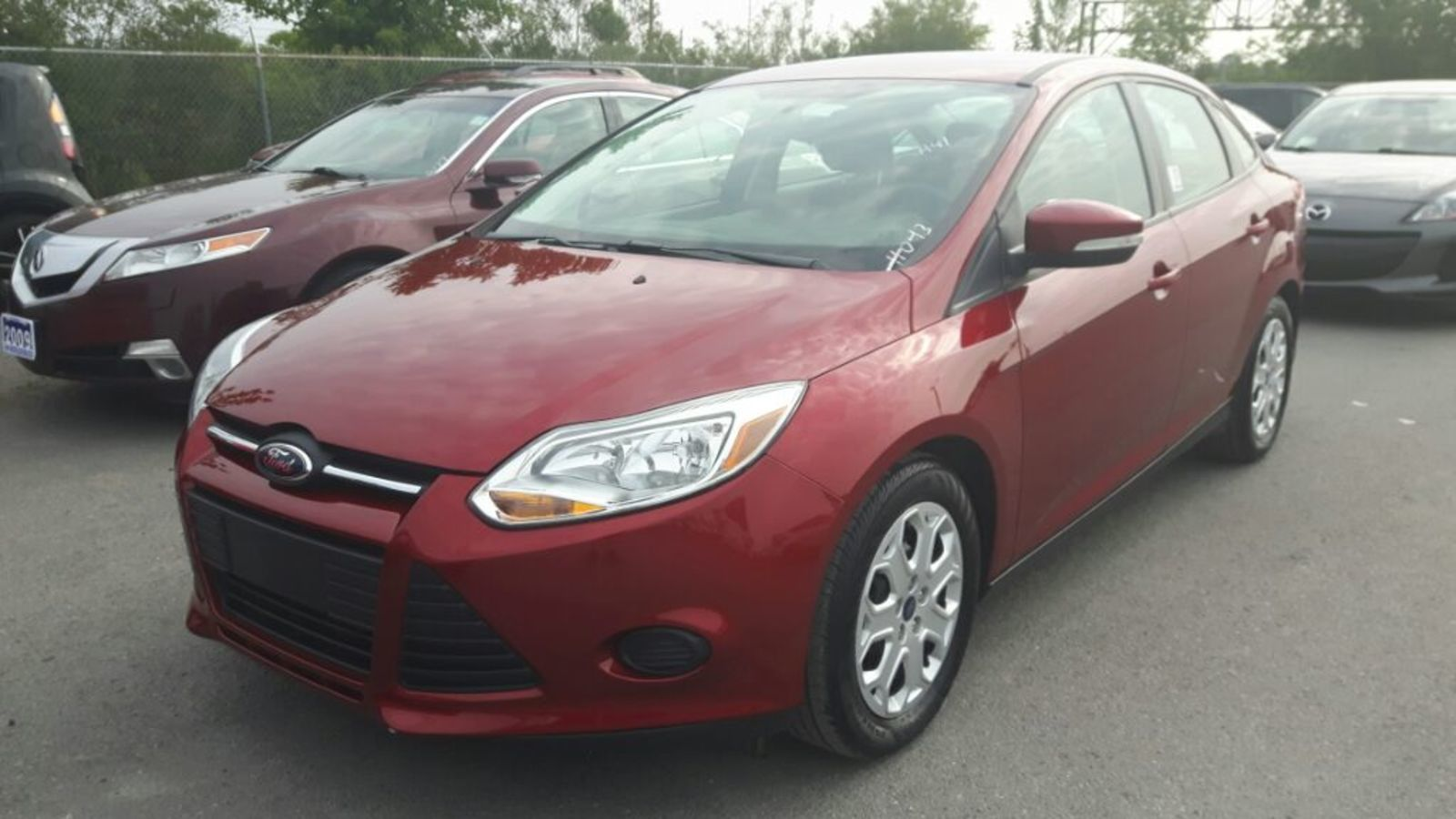 2014 Ford Focus SE - CRUISE * HEATED FRONT SEATS * A/C