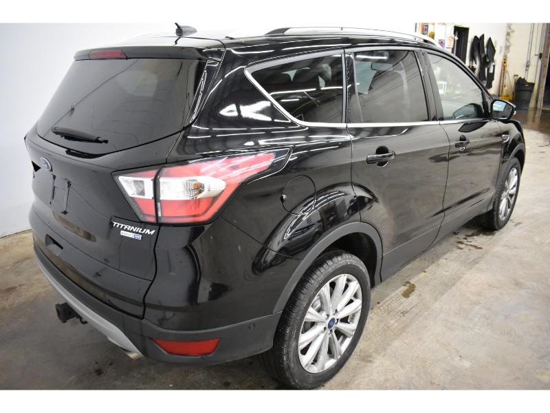 2017 Ford Escape TITANIUM 4X4- NAV * LEATHER * HEATED SEATS
