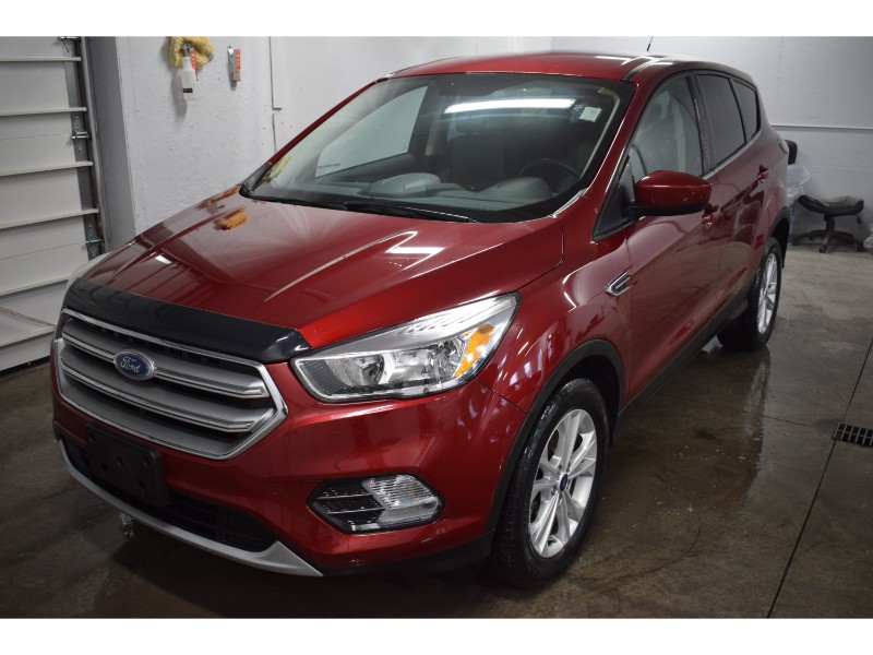2017 Ford Escape SE - BACKUP CAM * A/C * HEATED SEATS