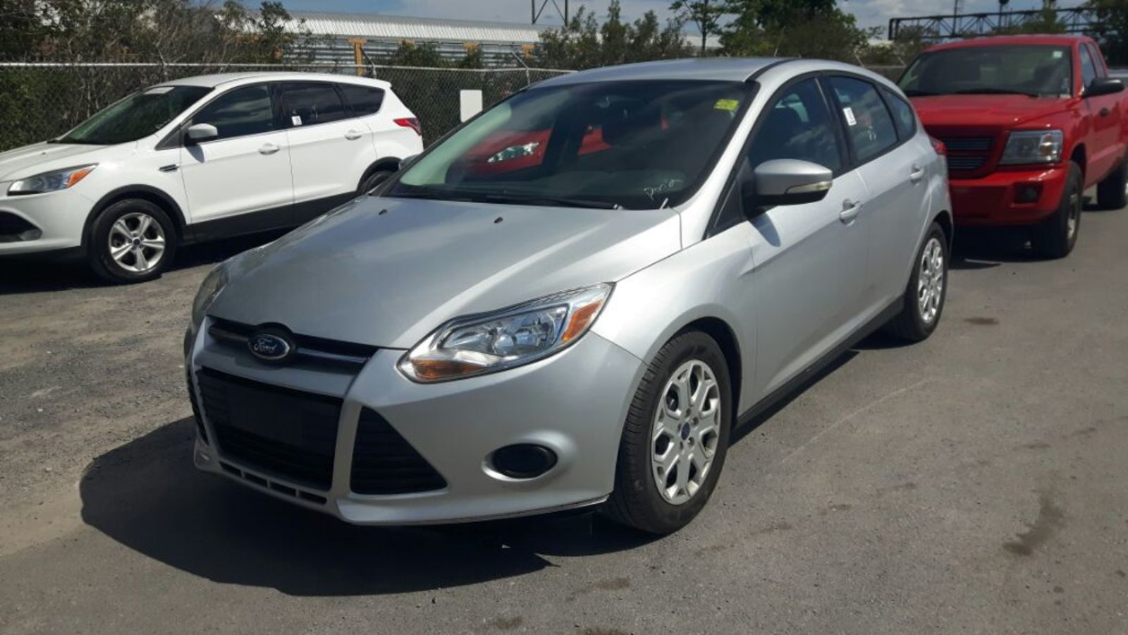 2013 Ford Focus SE - HEATED SEATS * A/C * CRUISE