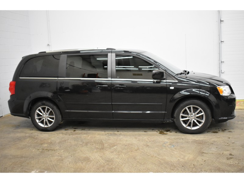 2014 Dodge Grand Caravan SE - FULL STOW N GO * A/C * PWR DRIVER SEAT