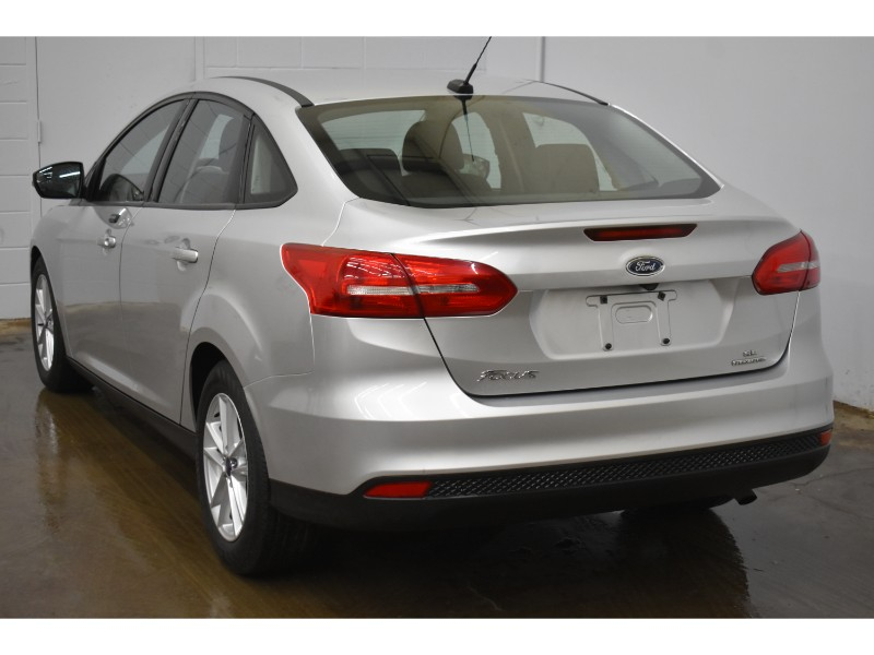 2016 Ford Focus SE - BACKUP CAM * BLUETOOTH * LOW KMS