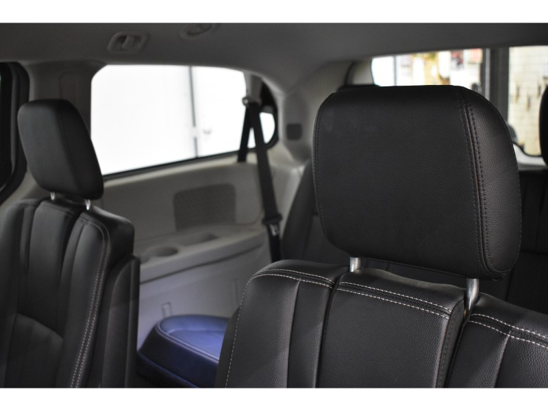 2018 Dodge Grand Caravan CREW- UCONNECT * NAV * LEATHER