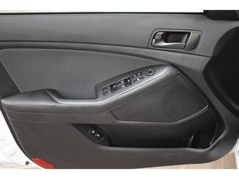 2015 Kia Optima LX- HEATED SEATS * CRUISE * LOW KM
