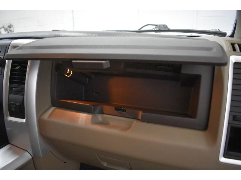 2012 Ram 1500 SLT 4x4 Quad Cab - UCONNECT * A/C * ALLOY RIMS