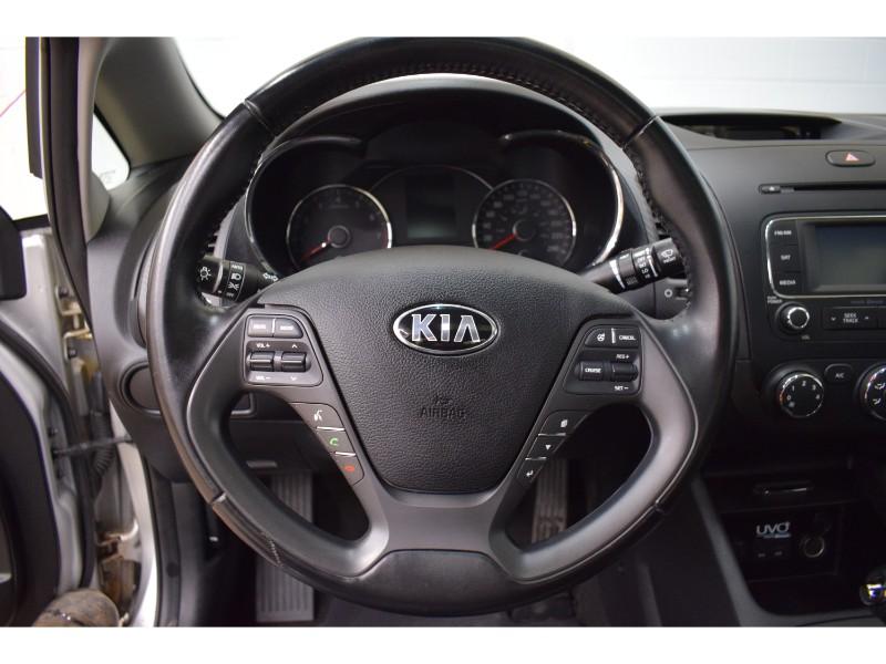 2015 Kia Forte 2.0L EX-  BLUETOOTH * BACKUP CAM * SUNROOF