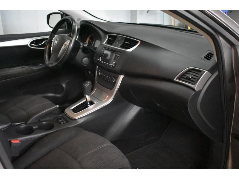 2015 Nissan Sentra SV- BACKUP CAM * HEATED SEATS * HANDSFREE