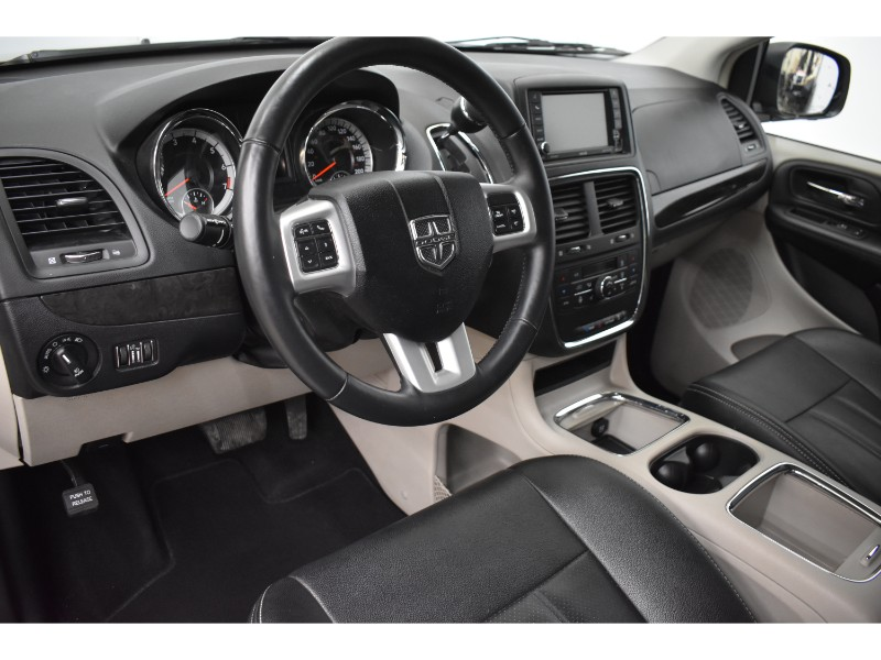 2017 Dodge Grand Caravan CREW - NAV * BACKUP