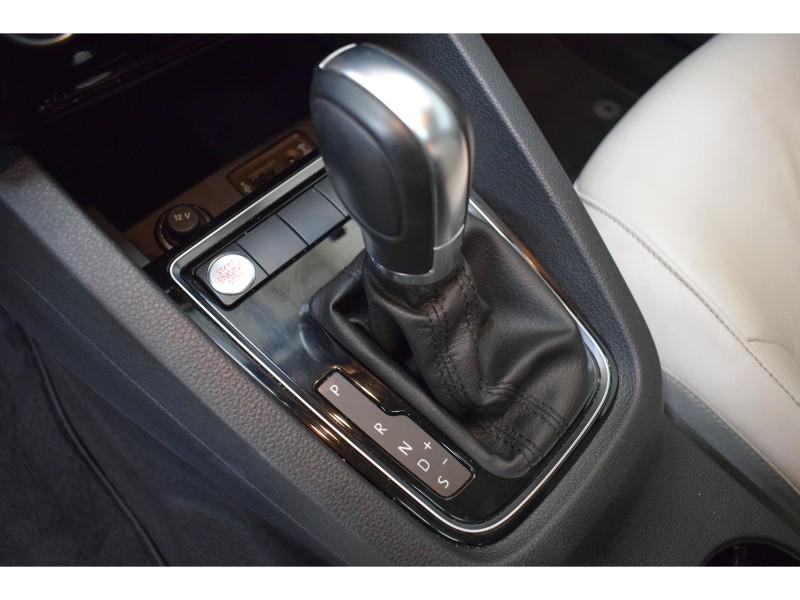 2016 Volkswagen Jetta 1.8 TSI Highline- BLUETOOTH * NAV * LEATHER