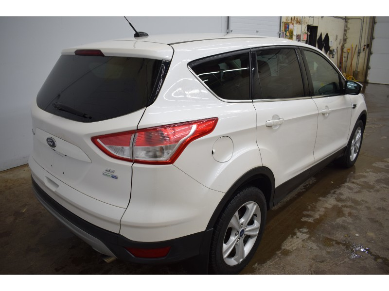 2014 Ford Escape SE 4X4 - HEATED SEATS * BACKUP CAM * A/C