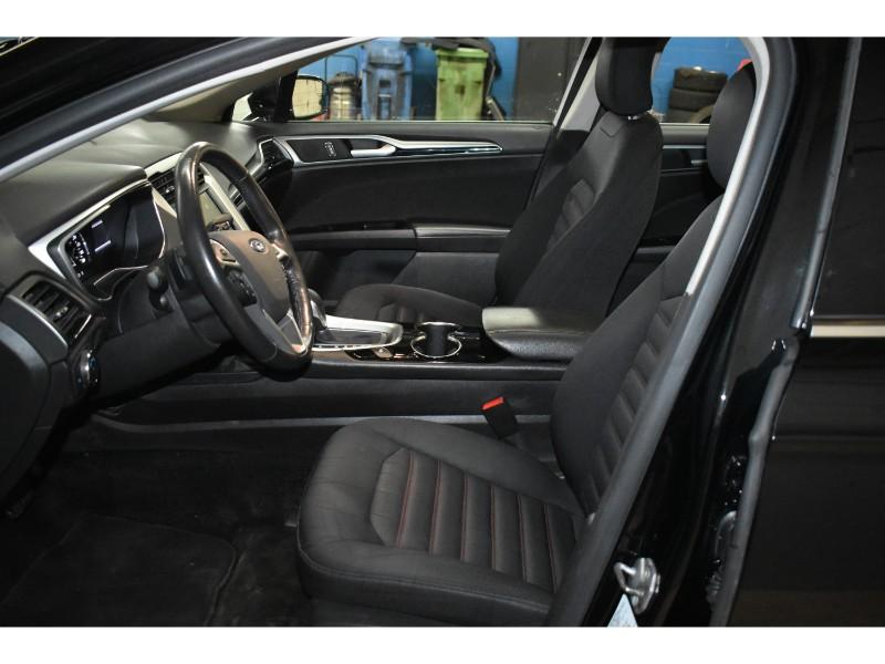 2016 Ford Fusion SE- BACKUP CAM * HEATED SEATS * SUNROOF