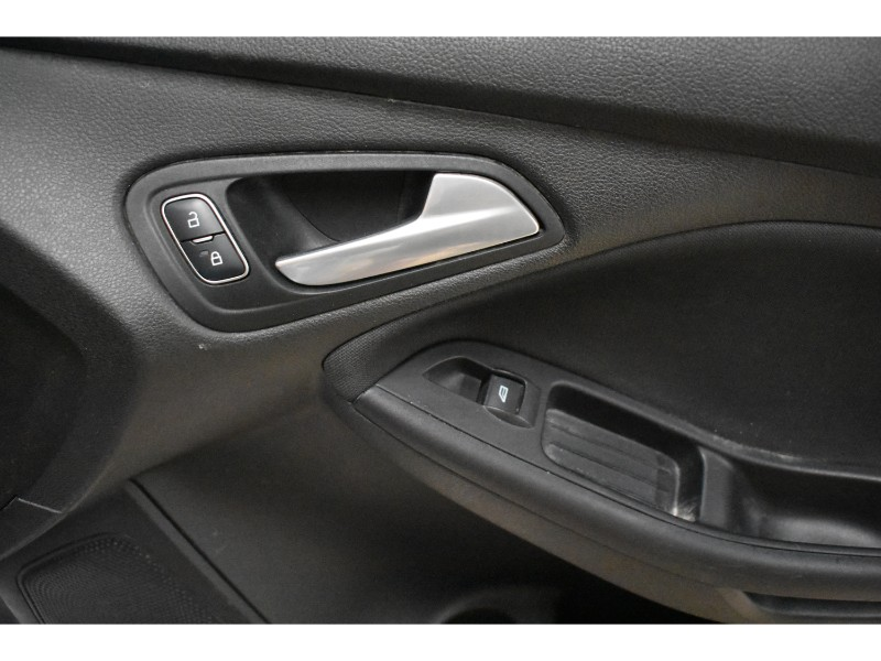 2015 Ford Focus SE - HEATED SEATS * HANDSFREE * CRUISE