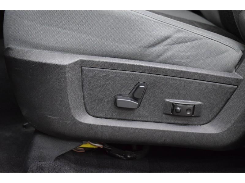 2015 Ram 1500 SLT QUAD CAB 4X4- UCONNECT * BACKUP CAM