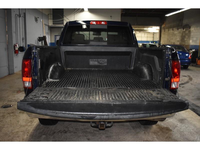 2016 Ram 1500 SLT 4x4 CREW CAB - TOUCH SCREEN * SAT RADIO READY
