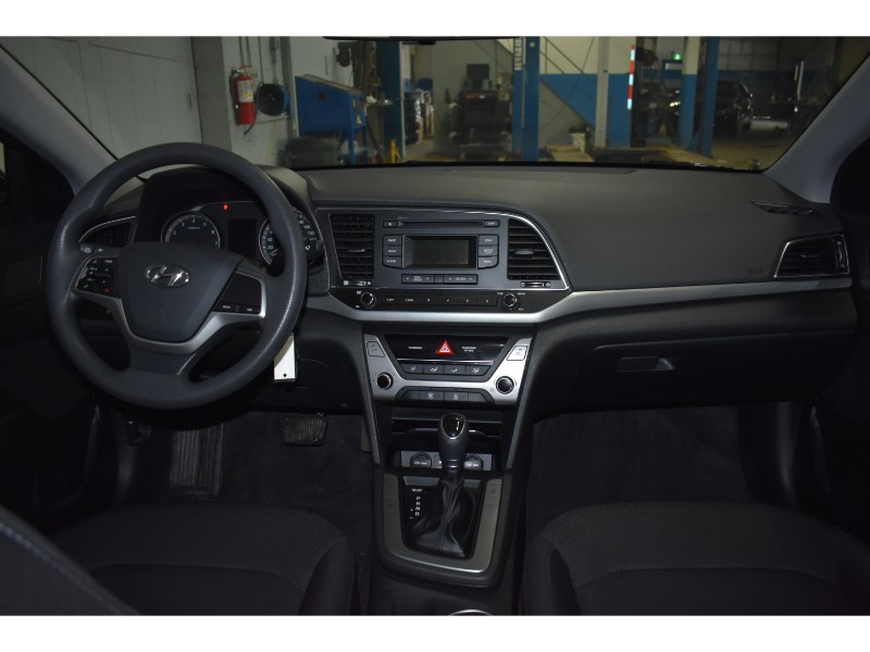 2017 Hyundai Elantra LE- HEATED SEATS * HANDSFREE * CRUISE