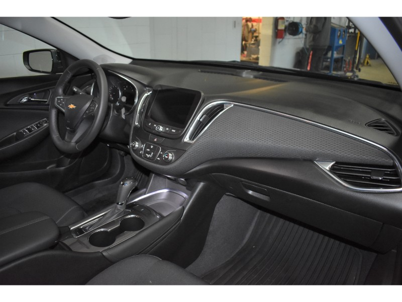 2018 Chevrolet Malibu LT- BACKUP CAM * TOUCH SCREEN * LEATHER