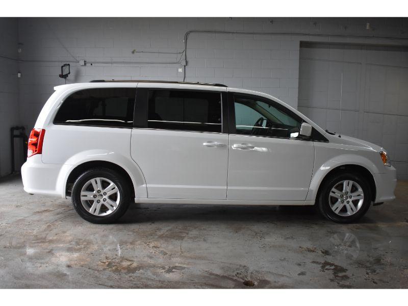 2018 Dodge Grand Caravan CREW PLUS * HEATED FRONT SEATS * BLUETOOTH *