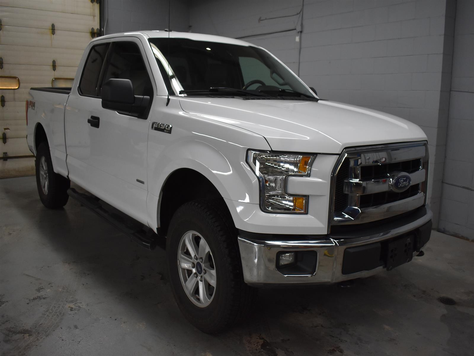2016 Ford F-150 XLT with FX-4 off road * ALLOY * BACK UP CAMERA *
