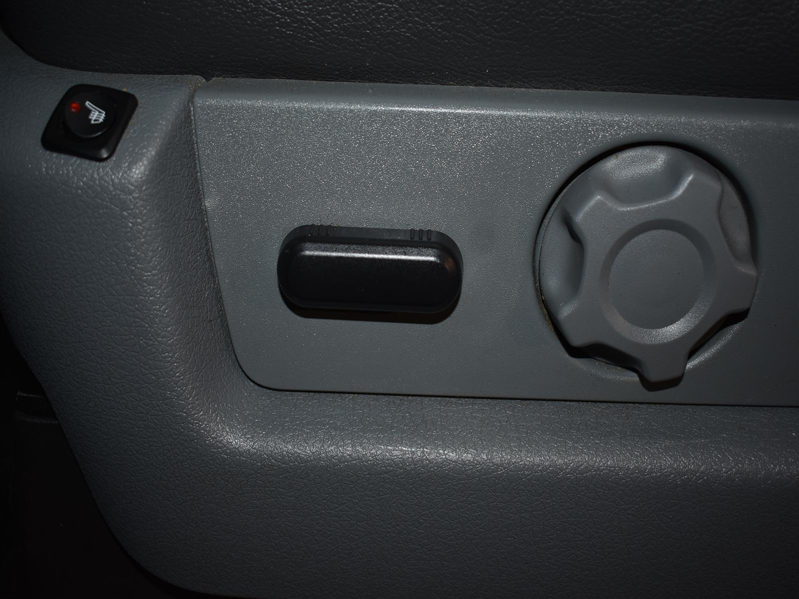 2014 Ford F-150 XLT * BACK UP CAMERA * BLUETOOTH *
