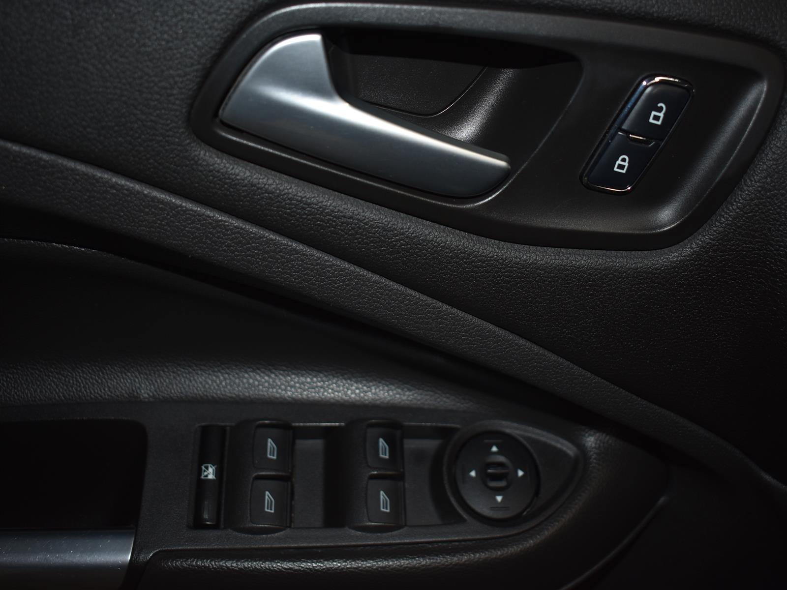 2015 Ford Escape SE * ALLOY * BACK UP CAMERA *