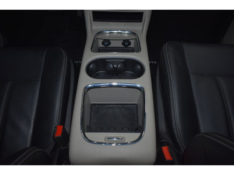 2015 Chrysler Town and Country TOURING * LEATHER * FULL STOW N GO *