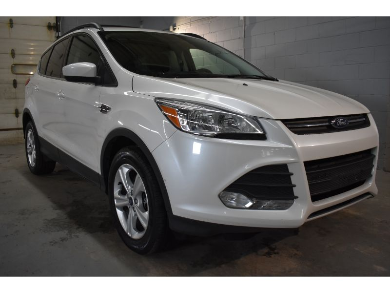 2016 Ford Escape SE * ALLOY * BACK UP CAMERA *