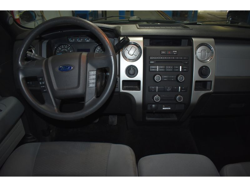 2013 Ford F-150 XLT with 4X4 * CRUISE * BLUETOOTH *