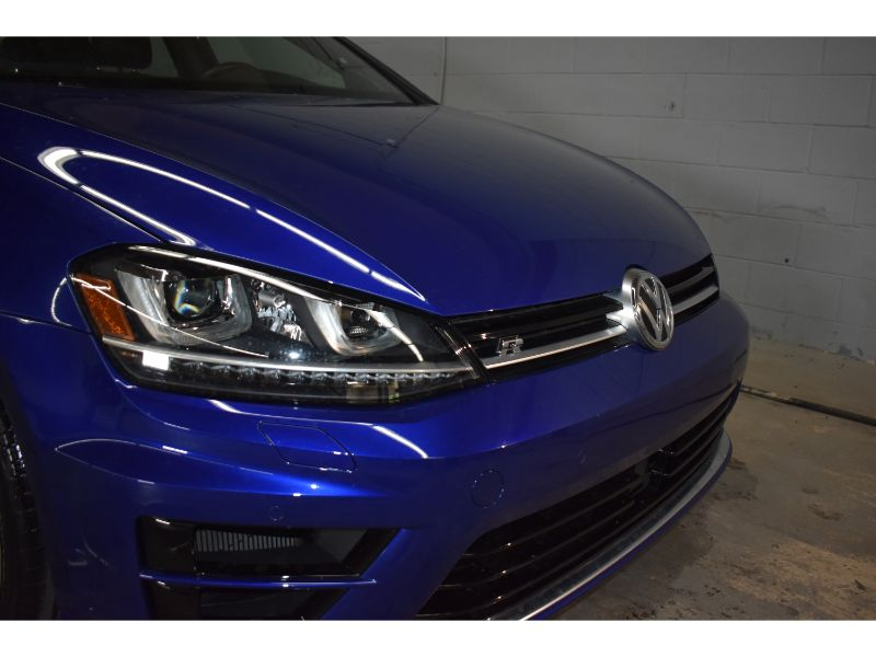 2016 Volkswagen Golf R * LOW KMS * BACK UP CAMERA *