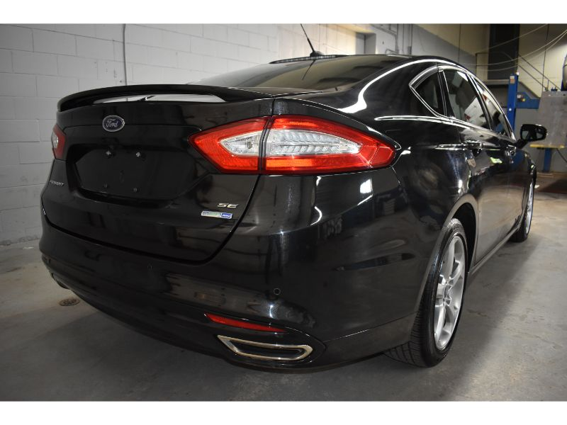 2015 Ford Fusion SE * CRUISE * TOUCH SCREEN *