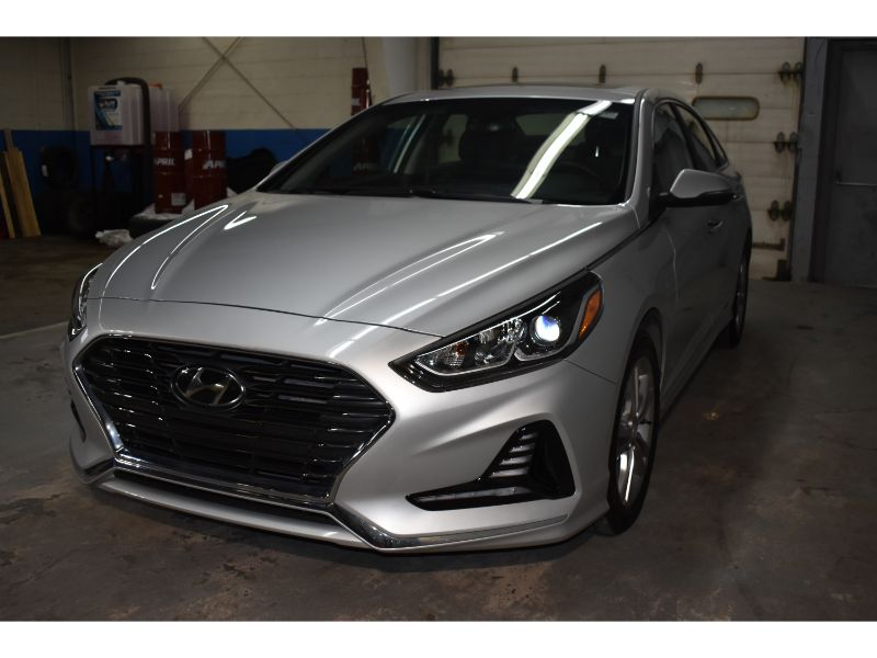 2019 Hyundai Sonata PREFERRED * LOW KMS * TOUCH SCREEN *