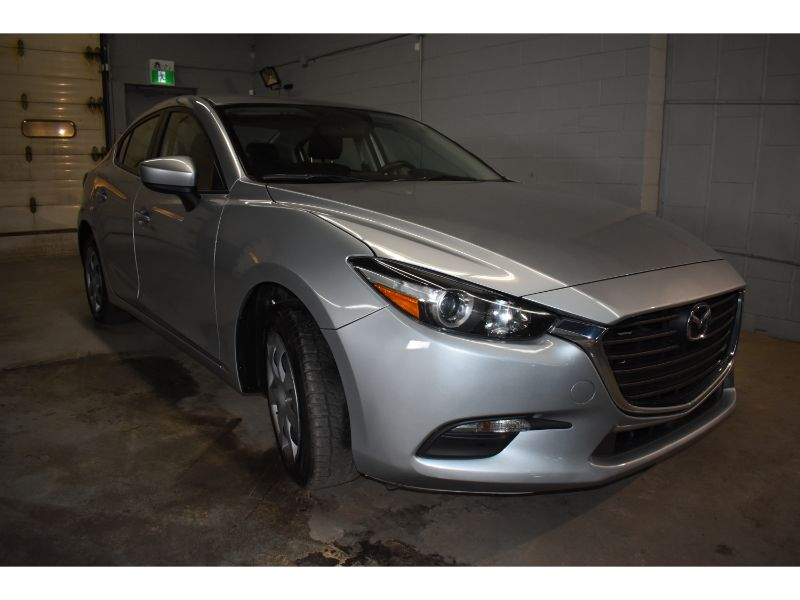 2017 Mazda Mazda3 GX * BACK UP CAMERA * TOUCH SCREEN *